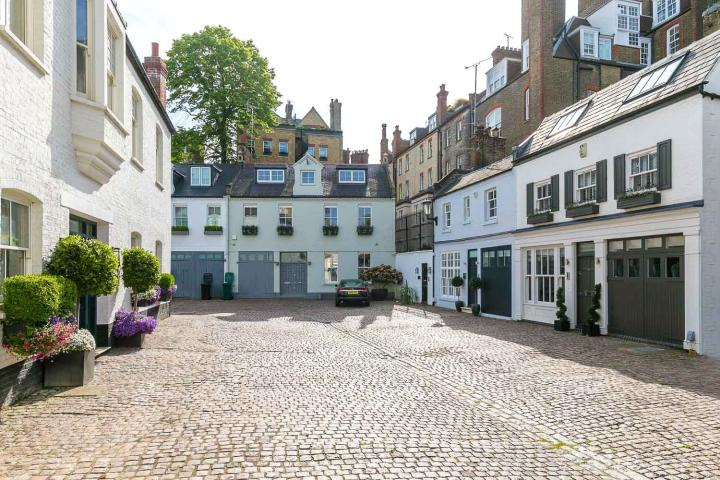 Picture of Pont Street Mews